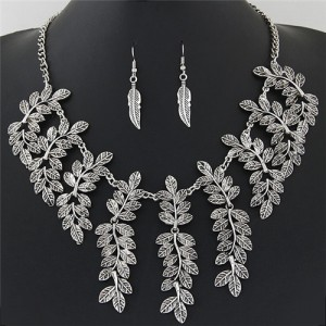 Vintage Leaves Cluster Design Short Fashion Necklace and Earrings