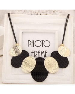 Black and Golden Metallic Oval-shaped Disks Fashion Necklace