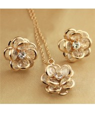 Vivid Dimensional Flower Design Rose Gold Necklace and Earrings Set