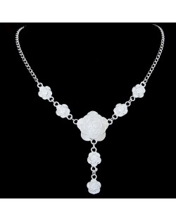 Simple Design Sweet Peony Pendant Necklace