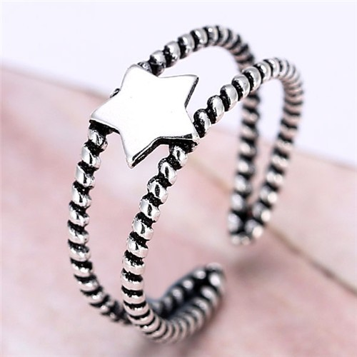 Star Embellished Dual Layers Hollow Vintage Fashion Ring
