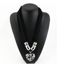 Hollow Floral Design Heart Pendant Fashion Scarf Necklace - Black