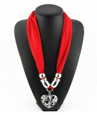 Hollow Floral Design Heart Pendant Fashion Scarf Necklace - Red