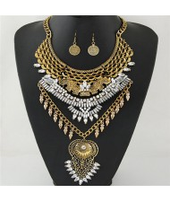 Fish Scale Design Rhinestone Embellished Hollow Floral Pendant Fashion Necklace and Earrings Set - Golden