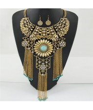 Hollow Pattern Chrysanthemum Theme with Tassel Chains Costume Necklace and Earrings Set - Golden