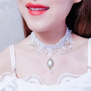 Royal Vintage Floral Pendant Tassel Design White Lace Fashion Necklace
