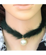 Pearl Pendant Artificial Mink Hair Short Fashion Necklace - Green