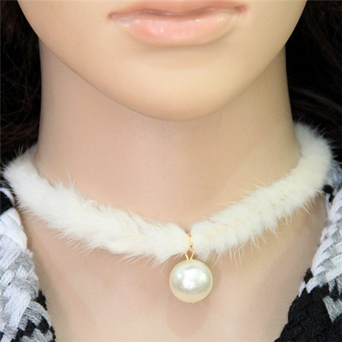 Pearl Pendant Artificial Mink Hair Short Fashion Necklace - White
