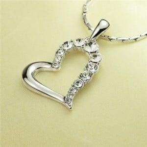 Rhinestone Embellished Artistic Romantic Heart Pendant Platinum Plated Necklace