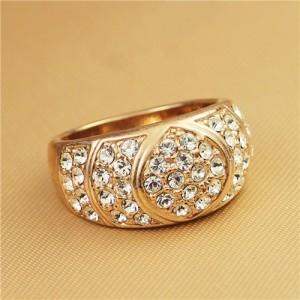 Shining Rhinestone Embellished Classical Chunky Style Rose Gold Ring