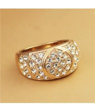 Shining Rhinestone Embellished Classical Chunky Style Rose Gold Ring