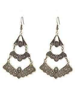 Vintage Vine Engravings Hollow Triple Layers Waterdrop Design Fashion Stud Earrings - Golden