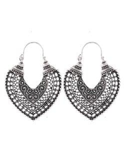 Vintage Hollow Vine Style Heart Shape Ear Clips - Silver