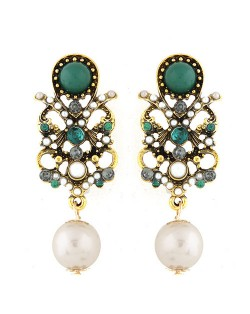 Gem and Pearl Embellished Vintage Style Green Fashion Stud Earrings