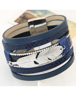 Alloy Feather Decorated Multiple Elements Wide Magnetic Lock Fashion Bangle - Blue