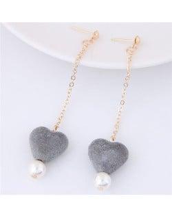 Fluffy Heart and Pearl Pendants Dangling Stud Earrings - Gray