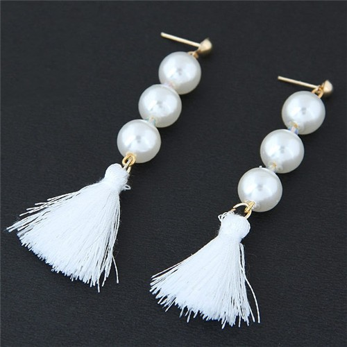 Pearl Cluster And Thread Tassel Design Fashion Stud