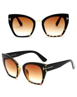 8 Colors Available Cat Eye Frame Leopard Prints Theme Star Fashion Sunglasses