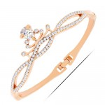 Cubic Zirconia and Rhinestone Embellished Queen Crown Design Fashion Bangle - Golden