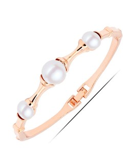 Pearl Inlaid Graceful Joints Design Golden Fashion Bangle