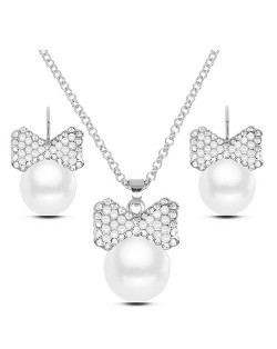 Rhinestone Embellished Pearl Fashion Necklace and Earrings Set - Silver