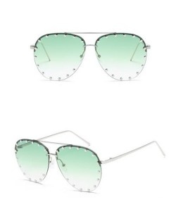 7 Colors Available Studs Decorated Frame Design Frog Eye Shape High Fashion Sunglasses