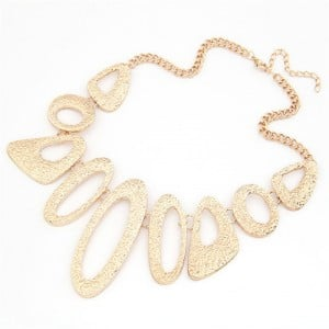 Bold Irregular Hoops Design Short Costume Necklace