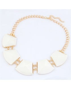 Trapezoid Resin Gems Design Short Costume Necklace - White