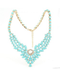 Resin Gems Embellished Young Fashion Statement Necklace - Blue