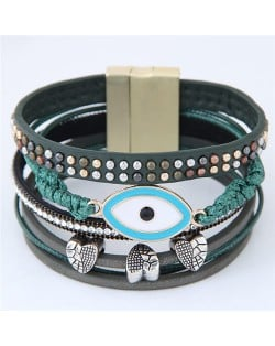 Unique Eye and Beaking Hearts Design Multi-layer High Fashion Leather Bangle - Green