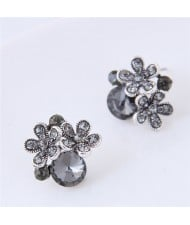 Czech Stones Shining Flowers Cluster Design Korean Fashion Costume Stud Earrings