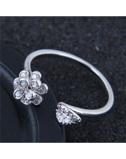 Korean Fashion Sweet Dimentional Flower and Leave Open Style Ring