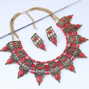 Turquoise Inlaid Vintage Hollow Folk Pattern Design Chunky Costume Necklace - Red