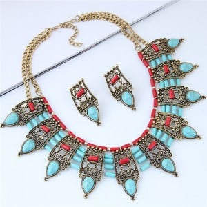 Turquoise Inlaid Vintage Hollow Folk Pattern Design Chunky Costume Necklace - Blue