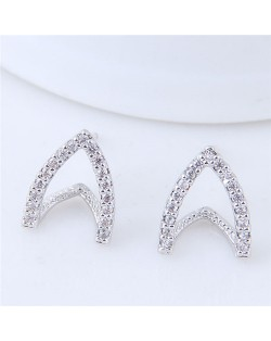 Cubic Zirconia Embellished Hoof Shape High Fashion Stud Earrings - Silver