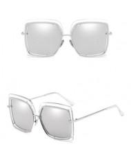 6 Colors Golden Rim Large Irregular Frame Unisex High Fashion Sunglasses