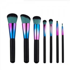 7 pcs Gradiant Color Black Handle Design Short High Fashion Makeup Brushes