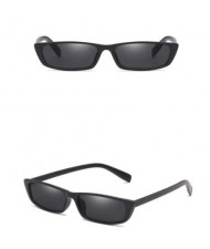 4 Colors Available Vintage Plain Square Frame Fashion Sunglasses