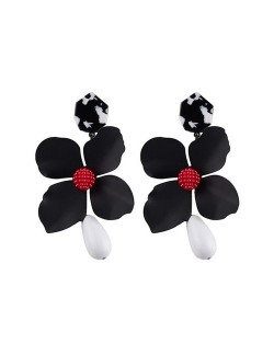 Vivid Chunky Flower Dangling Fashion Women Statement Earrings - Black