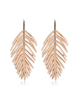 Hollow Leaf Bold Fashion Women Statement Alloy Earrings - Golden