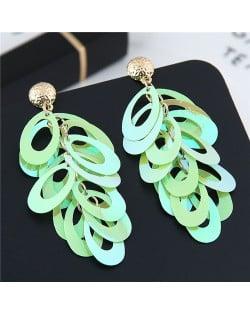 Resin Leaves Cluster Dangling Pendant Design High Fashion Costume Earrings - Green