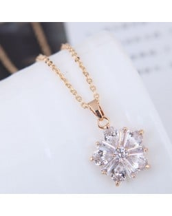 Delicate Cubic Zirconia Shining Flower Pendant Korean Fashion Costume Necklace - Golden