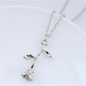 Elegant Tulip Pendant Alloy Fashion Costume Necklace - Silver
