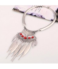 Alloy Leaves Tassel Fashion Resin Gems Decorated Folk Style Statement Necklace - Silver and Red