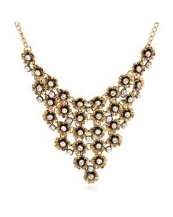 Rhinestone Inlaid Vintage Flowers Cluster High Fashion Women Statement Necklace - Golden