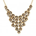 Rhinestone Inlaid Vintage Flowers Cluster High Fashion Women Statement Necklace - Golden
