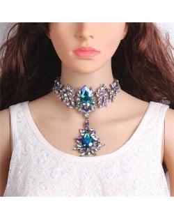 Artificial Crystal Flower Design Elegant Women Statement Necklace - Blue