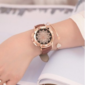 6 Colors Available Lotus Flower Engraving High Fashion Leather Wrist Watch
