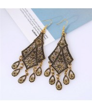 Hollow Floral Waterdrop Dangling Fashion Earrings - Golden