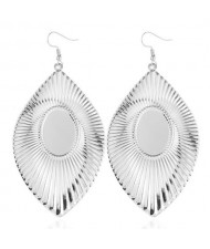 High Fashion Big Leaves Design Alloy Earrings - Silver